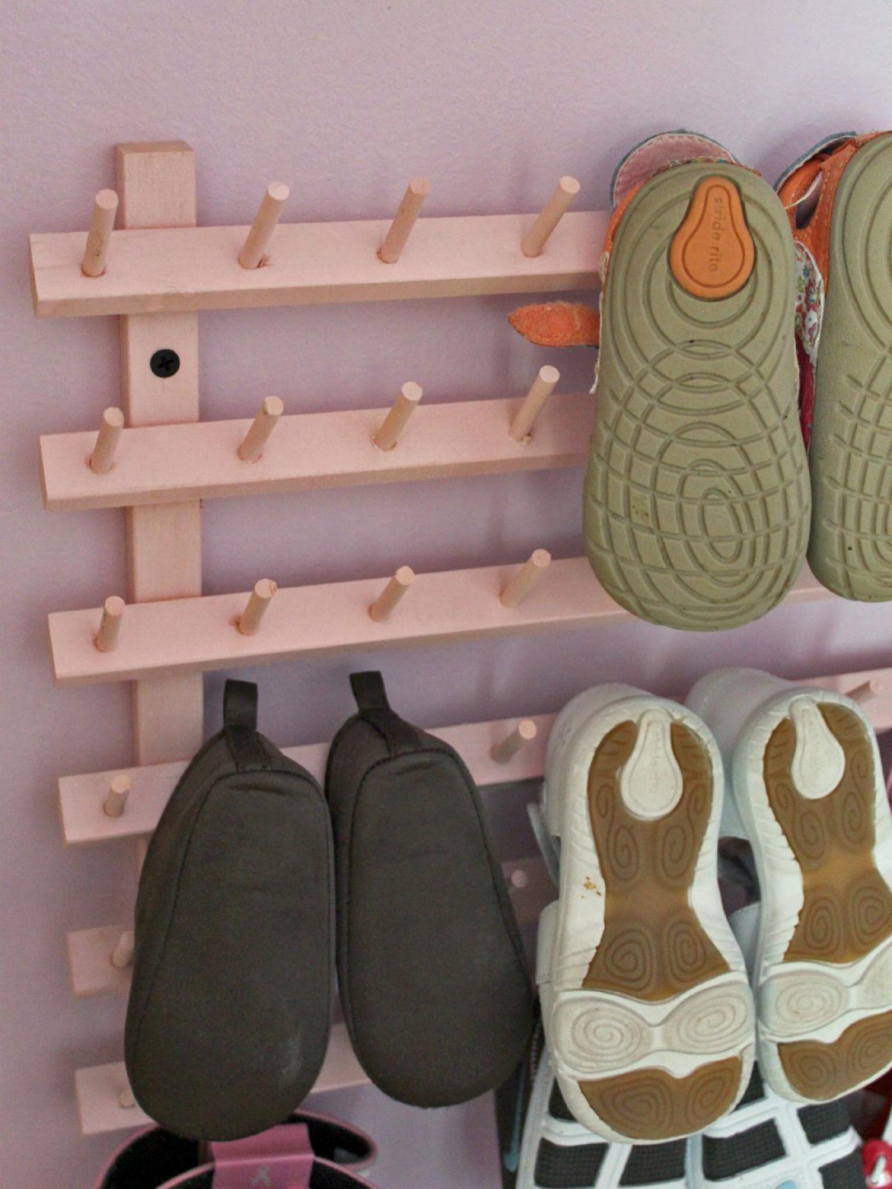 Original_Amanda-Hervey-baby-shoe-rack_s3x4.jpg.rend.hgtvcom.1280.1707