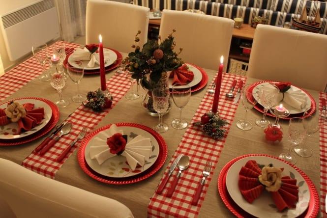 mesa-de-natal-com-velas-665x444